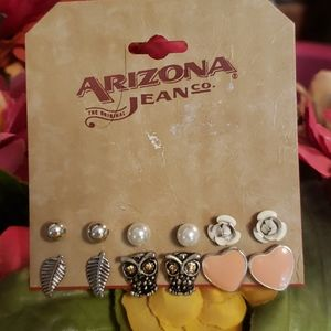 3x$10 Arizona Jean's Earrings set. New.